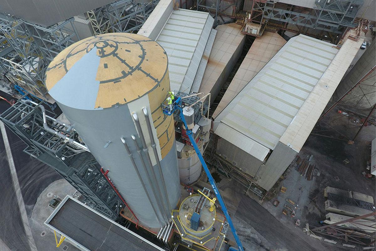 AEP 180 ft manlift