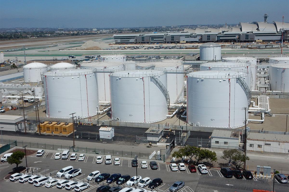 LAX 4 Tank Site View